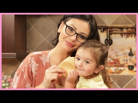 JWOWW & Meilani Make Crepes!