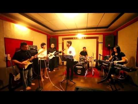 Kala Cinta Menggoda - Chrisye (Band Ketje Cover)