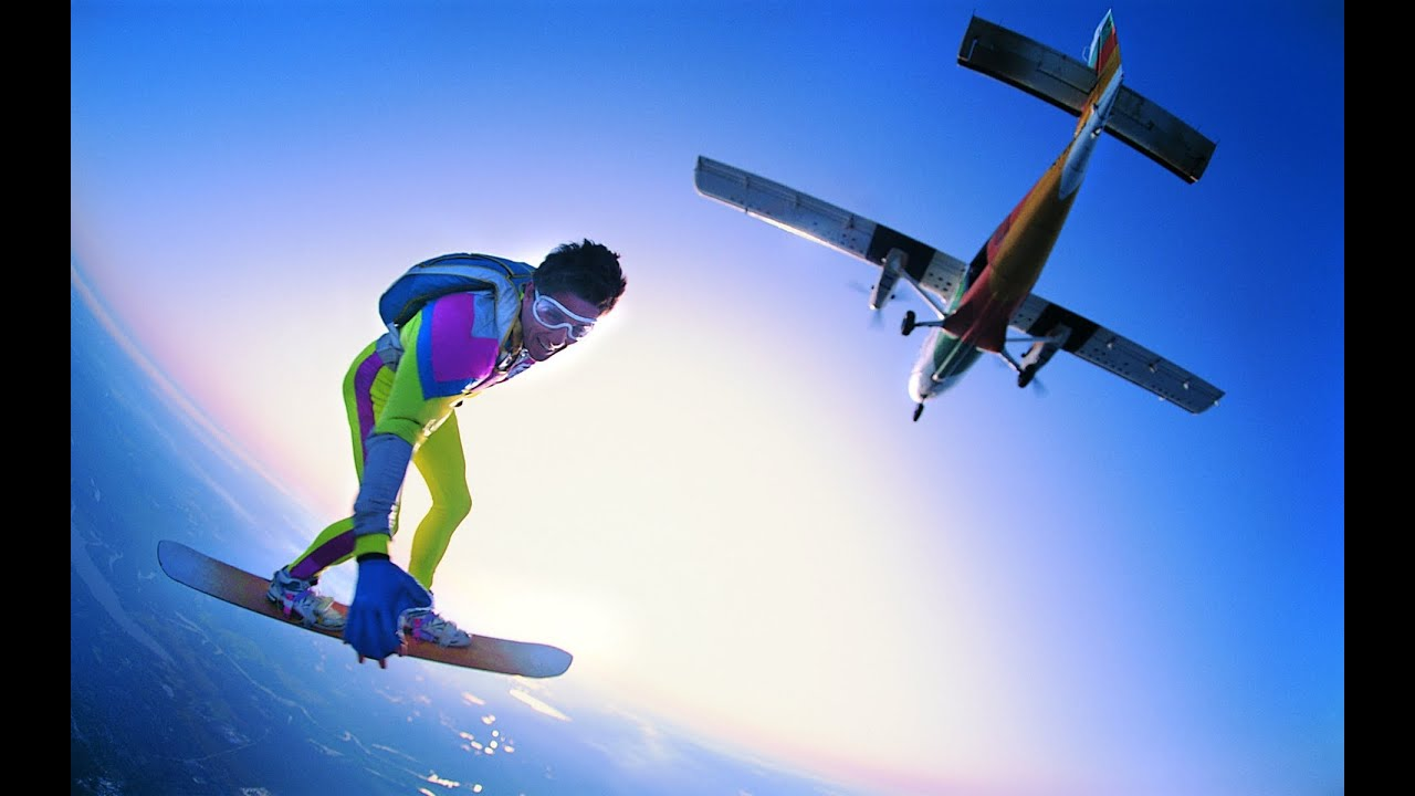 extreme sports popularity Extreme sports are growing in popularity, especially among young people new types of extreme activities continue to be developed some argue that the popularity is due to marketing trends.