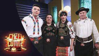 Familia Ninei Rus a pregătit atât de multă mâncare, încât a blocat banda!
