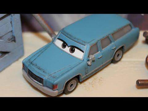Mattel Disney Cars 3 Motor Turner Thunder Hollow Demolition Derby