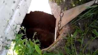 Выгребная яма на 3 куба ОТКАЧКА за 10 минут(Построить выгребную яму очень просто. Для начала вам предстоит выяснить уровень залегания грунтовых вод..., 2014-05-06T16:27:54.000Z)