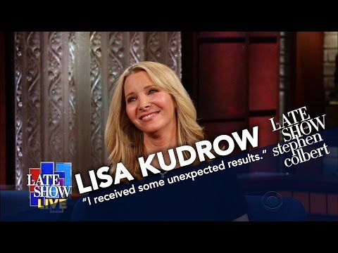 Thumbnail: Lisa Kudrow Spills The Beans On Courteney Cox's Genealogy Test