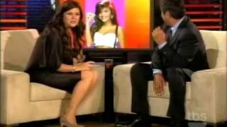 Tiffani Thiessen  Interview lopez tonight-7-22-2010 HQ.avi