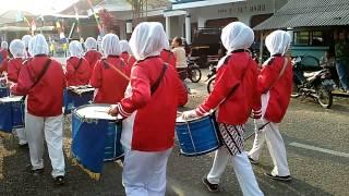 Penampilan Drum Band Keren Siswa SMP Muhammadiyah 1 Dayeuhluhur, Cilacap