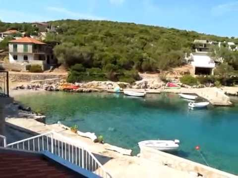 Private accommodation Apartments Maks 34161 - island Hvar - Adriagate.com