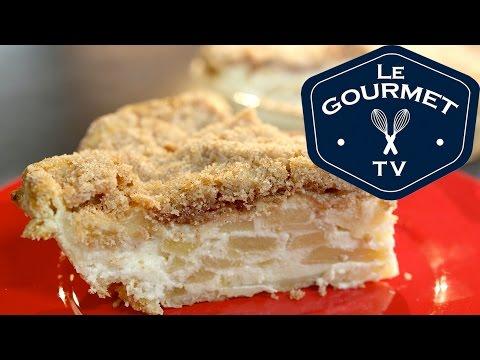 Sour Cream Apple Pie Crumble Recipe - LeGourmetTV