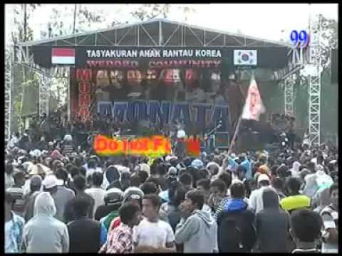 OM.MONATA ~ MINYAK WANGI ~ REZA LAWANG SEWU by ahmad escobar. - YouTube.flv