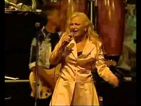 Doing La Bamba (Golden Memories Tour Fiji) - Toni Wille (Feat. The Voice Of Pussycat) -