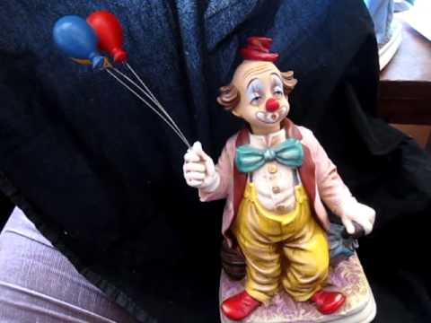 vintage Melody in Motion music box by WACO--Clown with balloons