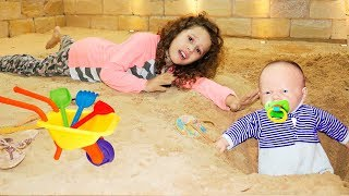 VALENTINA SALVA BEBÊ REBORN / SAVE BABY REBORN