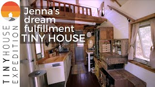 Woman Builds Superb Tiny House to Pursue Her Dreams