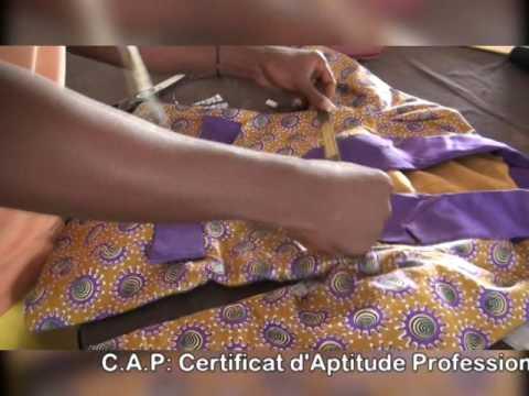 STYLE TAHITI  : Ecole de haute couture. Lomé, TOGO