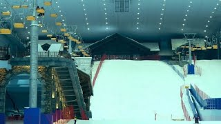 Chineses têm a maior pista de neve coberta do mundo thumbnail