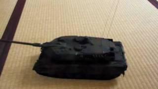 タイヨー レオパルド2A6 1/24スケール ラジコン戦車 thumbnail