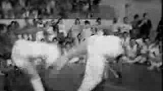 Briga na ACM, durante um batizado de capoeira