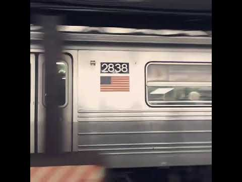 R68 #2838 (B) + R68s #2634 & #2674 (D) arriving at West 4th Street - Washington Square