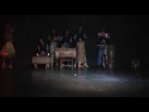 Fokamaise... Danse bafia à l'institut goethe yaounde