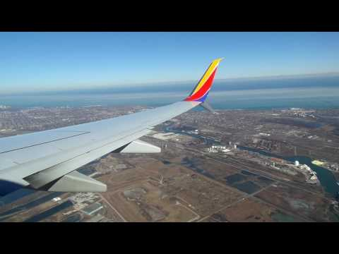Southwest Airlines 737-8H4 Landing in Chicago (Midway) *FUNNY FLIGHT ATTENDANT*