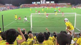 2016年8月20日、名古屋グランパス戦でのゴールシーン(ゴール後のチャン...