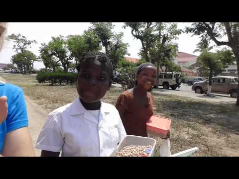 Mozambique: Food, French & Samosas