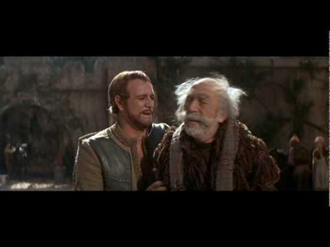 Lionel Jeffries as King Pellinore in