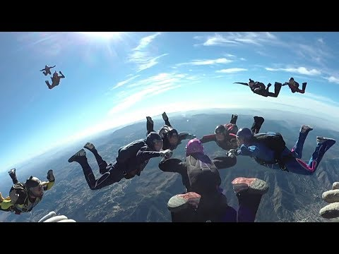 360 VR 4k Skydiving in Formation Over Skydive Elsinore 1