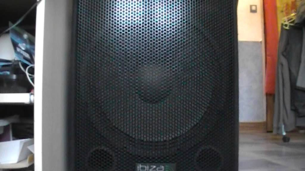 teste bass enceinte ibiza sound 15b youtube. Black Bedroom Furniture Sets. Home Design Ideas