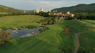 The 9th hole of The Lost City Golf Course at Sun City