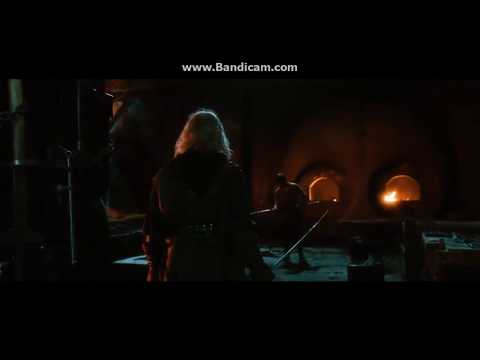 Seventh Son (2014) Master Gregory trains...