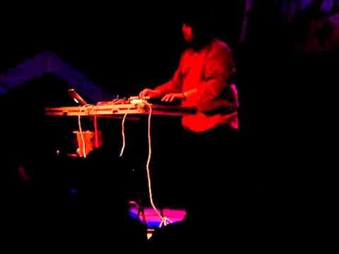 Star Slinger - #2 (live @ Creepy Teepee 2011)