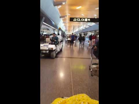 20160531 My walking tour of the Doha,  Qatar Airport