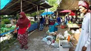 Tour of a Fascinating Local Market in Thailand