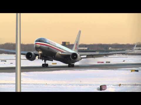 TAIL STRIKE?! HARD LANDING?! American Airlines Boeing 767-323/ER [N361AA] [01.08.2014]