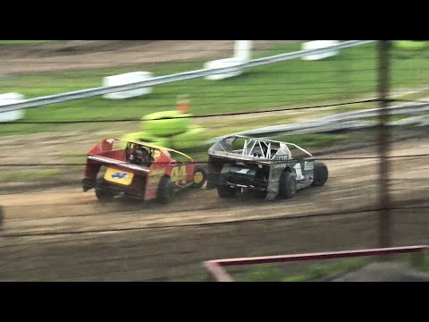 358 Modified at Grandview Speedway August 4, 2018!