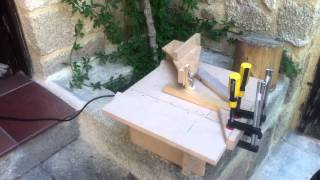 Home-made Jigsaw Table/table Saw / Αυτοσχέδια βάση/τραπέζι σέγας