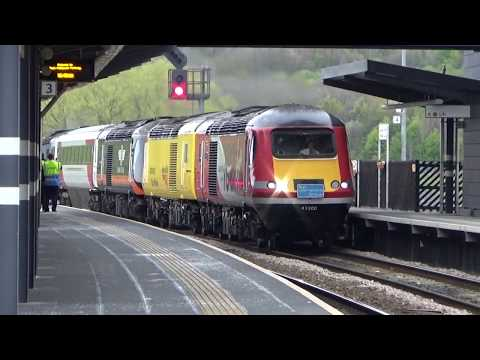 Convoy of Four HST Powercars passing East Midlands Parkway