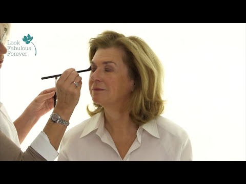 MakeUp Tutorial for Older Women: Using Colour to Look Prettier and Younger - Warm Tones - 동영상