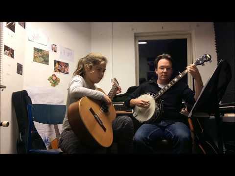 Tom en Marit spelen Oh ! Susanna