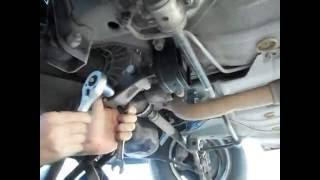 видео Замена задней опоры двигателя ваз 2109 своими руками