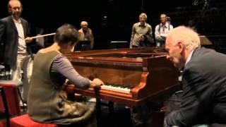 Maria João Pires on old fortepiano plays Chopin Piano Concerto no. 2, 1 Maestoso (part).flv