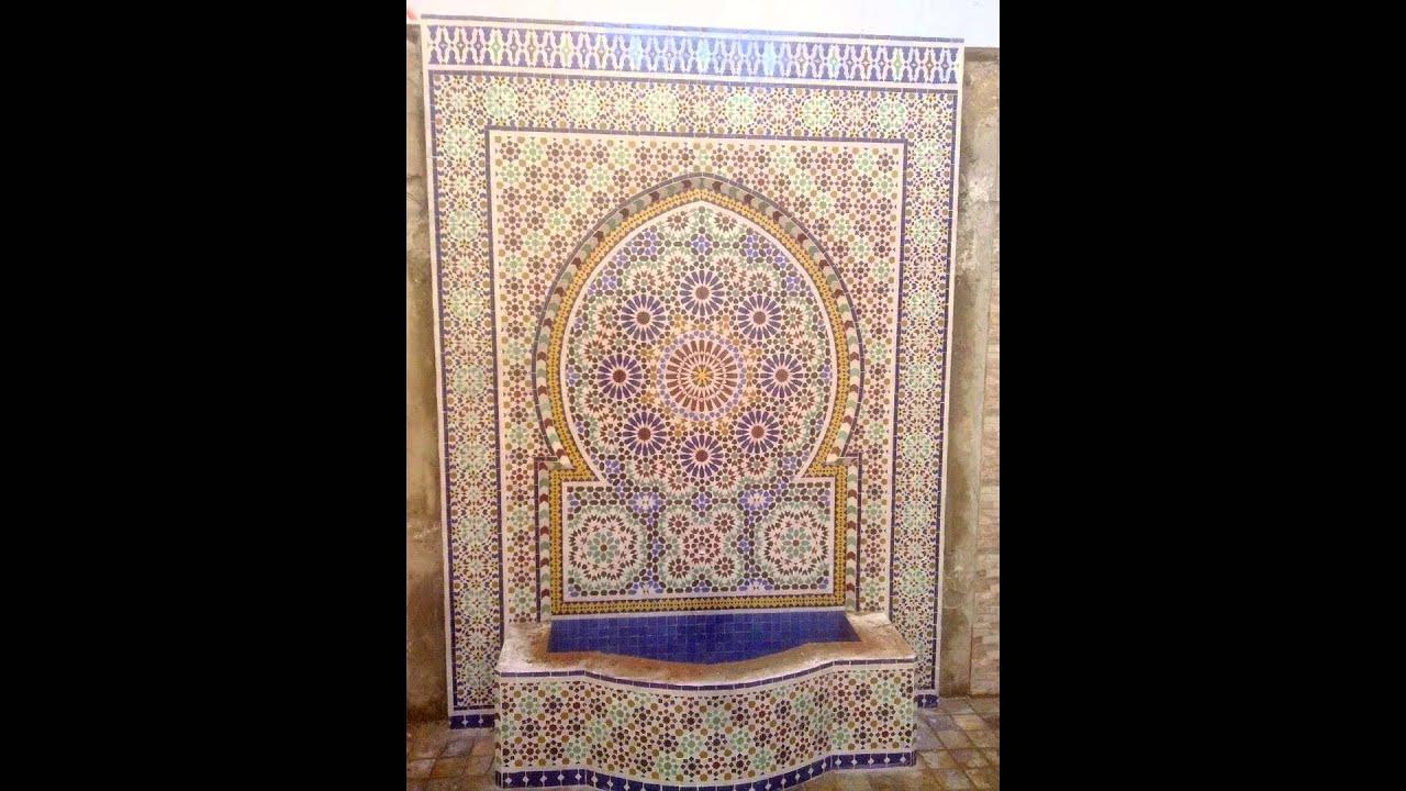 Fontaine marocaine avec zellige : moresque 2016 12 22