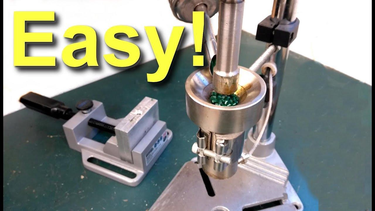 Plastic Injection Moulding Machine - model 4