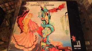 MOUNTAIN - THE ANIMAL TRAINER AND THE TOAD - NANTUCKET SLEIGHRIDE LP RECORD