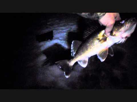 Lake noquebay ice fishing night walleyes youtube for Ice fishing at night
