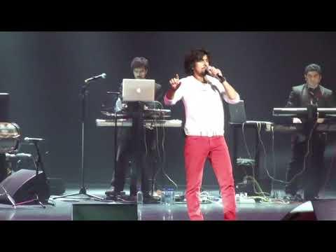 Yeh Dil Deewana - Sonu Nigam Live Singing