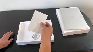 MacBook Pro 13 inch Silver 2020 unboxing