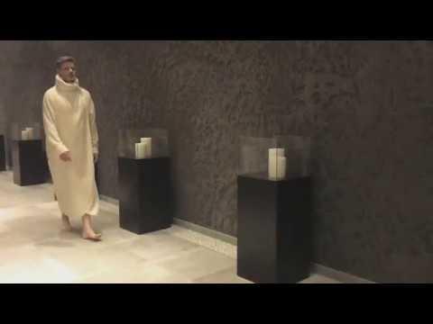 Designer Luxus Bademantel Saunamantel Kapuze Extra Lang Vonneslho