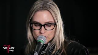 "Aimee Mann - ""Goose Snow Cone"" (Live at WFUV)"