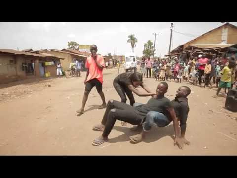 DJ AKIMILAKU ORIGINAL REMIX KOTAMOBAGU MANADO AFRICA DANCE